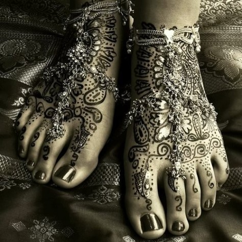 beautiful-beauty-design-foot-henna-Favim.com-306977